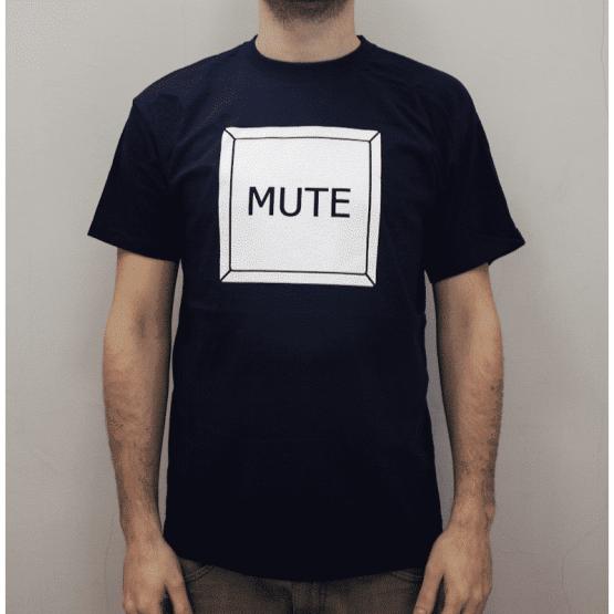 T shirt Mute Adotta Un fonico 555x555 Merchandise, Uomo