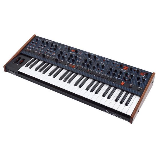 dave smith instruments ob 6 keyboard 2 555x555 Sintetizzatori e Drum Machine, Sintetizzatori e Tastiere, Synth a tastiera