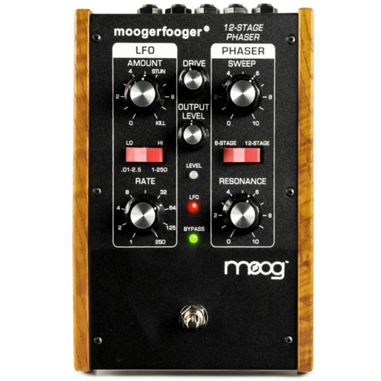 moog mf 103 12 stage phaser 2 555x555 Moog Moogerfooger MF 103 12 Stage Phaser