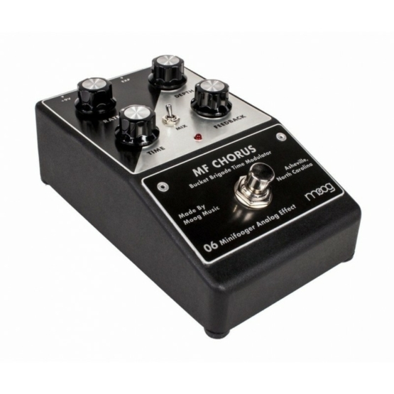 moog minifooger mf chorus 1 555x555 Stompbox Pedals