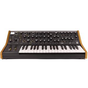 moog subsequent37 300x300 Sintetizzatori e Drum Machine, Sintetizzatori e Tastiere, Synth a tastiera