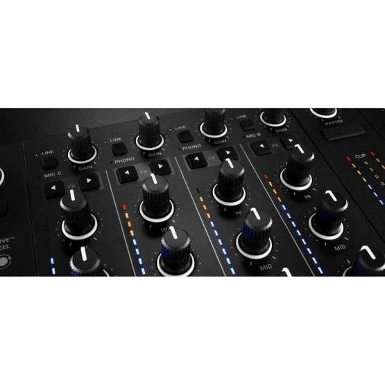 Native Instruments Traktor Kontrol S4 detail mixer 555x555 Sintetizzatori e Drum Machine, Sintetizzatori e Tastiere, Midi Controller, Strumentazioni Pro Audio per studi di registrazione, Remote Controller