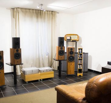Milk Audio Store - Sala Demo ATC Loudspeakers