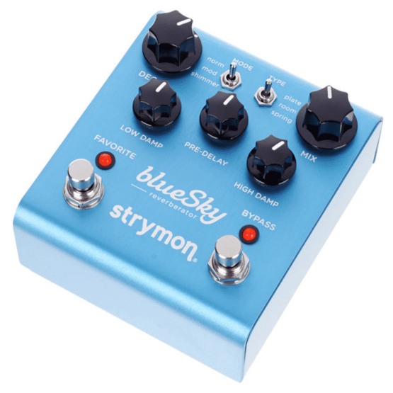 blu sky strymon 3 555x555 Pedali Stompbox