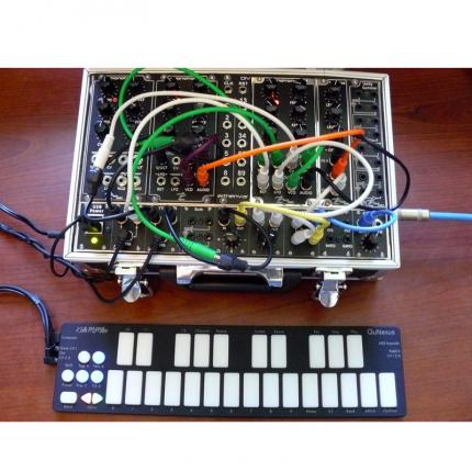 KEITH MCMILLEN 3 430x430 Sintetizzatori e Drum Machine, Sintetizzatori e Tastiere, Master Control