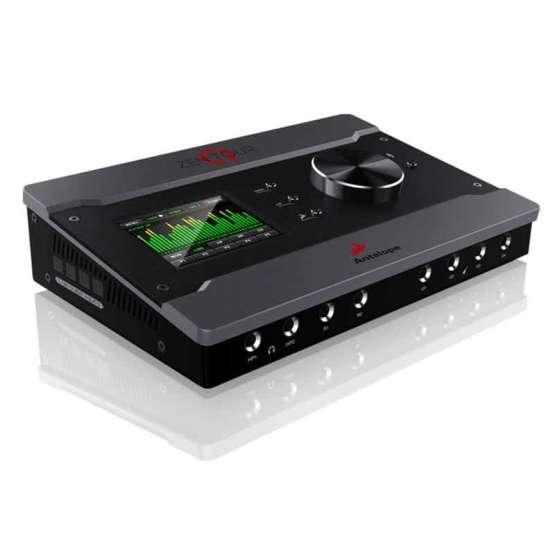 conectivity zentour front 555x555 Audio digitale: Convertitori e schede audio, Interfacce e schede audio USB e Thunderbolt per PC e Mac, Microfoni a Condensatore, Microfoni professionali, Strumentazioni Pro Audio per studi di registrazione