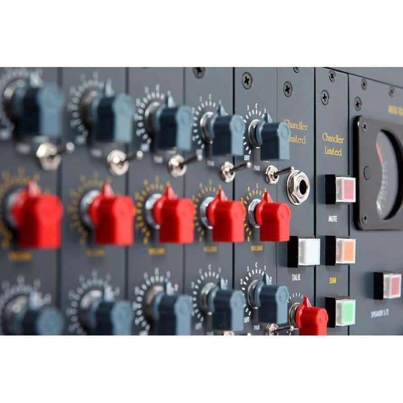 chandler mini rack mixer 04 Chandler Limited Mini Rack Mixer 16 channels Summing Mixer