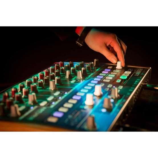 Arturia DrumBrute 03 555x555 Sintetizzatori e Drum Machine, Drum Machines Batterie Elettroniche