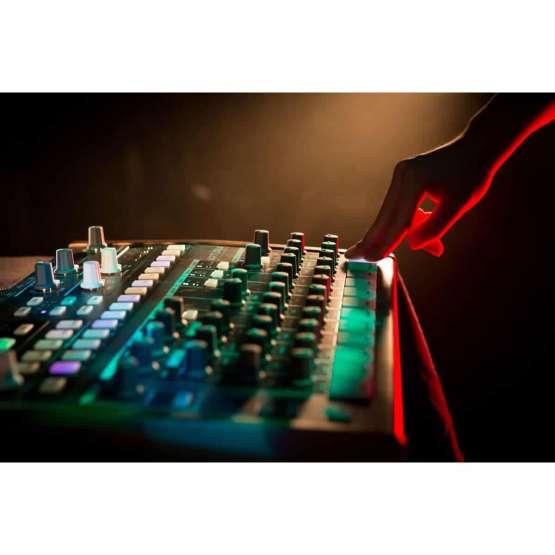 Arturia DrumBrute 04 555x555 Sintetizzatori e Drum Machine, Drum Machines Batterie Elettroniche
