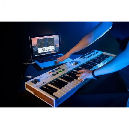 Arturia Keylab61 Essential 09 430x430 Sintetizzatori e Drum Machine, Sintetizzatori e Tastiere, Master Control