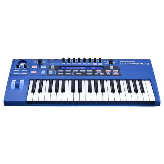 Novation Ultranova 05 555x555 Sintetizzatori e Drum Machine, Sintetizzatori e Tastiere, Synth a tastiera