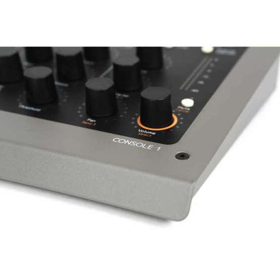 Softube Console1 Mk2 04 555x555 Plug ins, Pro Audio, Software, Accessori, Remote Controller