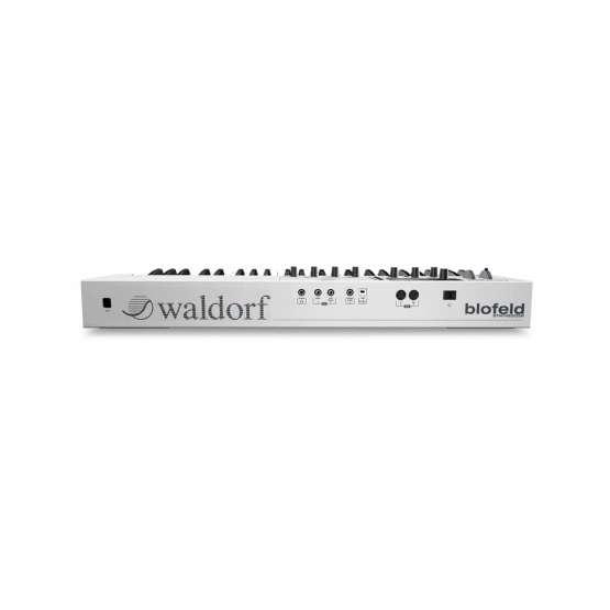Waldorf Blofeld Keyboard White 02 555x555 Waldorf Blofeld Keyboard Bianca