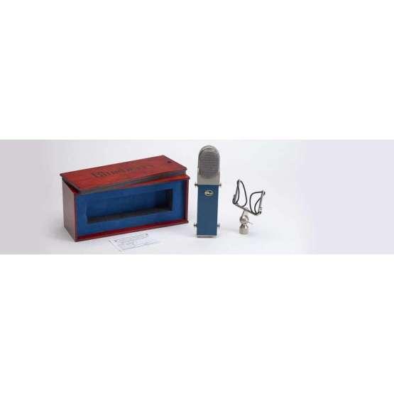 Blue Blueberry box 555x555 Microfoni a Condensatore, Microfoni professionali, Strumentazioni Pro Audio per studi di registrazione