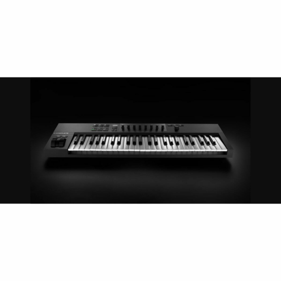 Native Instruments Komplete Kontrol A49 555x555 Native Instrument Komplete Kontrol A49