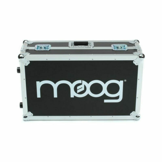 Moog ATA Road Case subsequent 37 555x555 Synthesizers and Drum Machines, Accessories for Synthesizers, Bags and soft cases