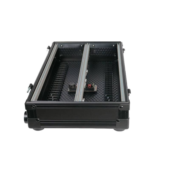 MDLRCASE 6U 94HP compact travelcase side opened view 555x555 MDLRCASE Compact Travel case 6U/94HP