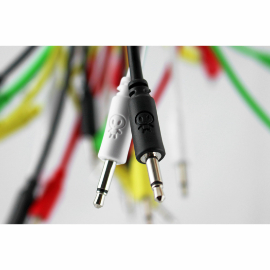 Erica Synths 30cm Cables Black 5pcs detail 555x555 Erica Synths 30cm Cables Nero 5pcs